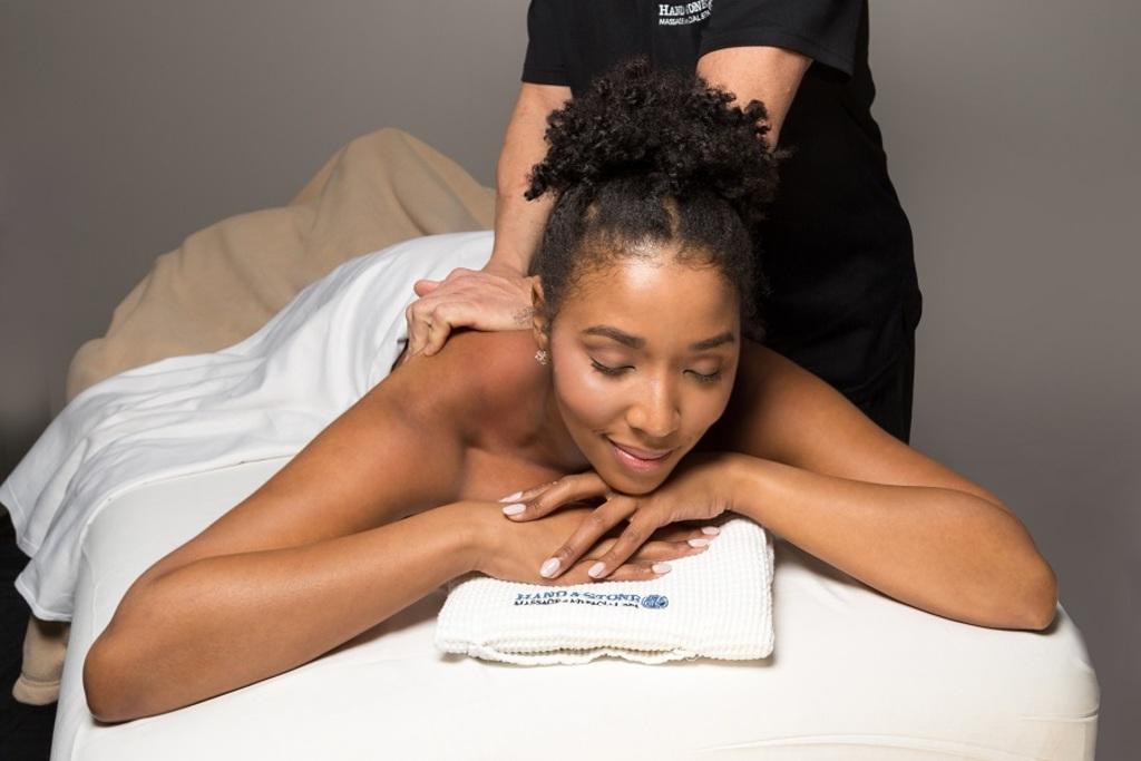 Massage female 29